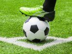jadwal-lengkap-siaran-langsung-pertandingan-sepakbola_20170922_205859.jpg