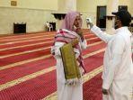 jamaah-dicek-suhu-di-arab-saudi.jpg