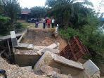 jembatan-di-kaloy-proyek-dana-desa.jpg