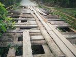 jembatan-rusak-di-aceh-timur-_-jalan-menuju-makam-sultan.jpg