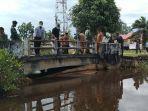 jembatan-tertutup-rerentuhan-beton-hingga-banjir.jpg