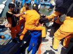 jenazah-m-reza-saputra-24-anak-buah-kapal-abk-km-rahmat-laot-meninggal-saat-melaut.jpg
