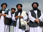 juru-bicara-taliban-zabihullah-mujahid-berbicara-kepada-media-di-bandara-di-kabul-agustus-2021.jpg
