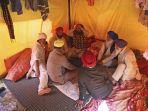 kamp-petani-india.jpg