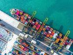 kapal-kargo-di-pelabuhan-jeddah-arab-saudi.jpg