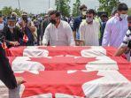 keluarga-muslim-kanada-dimakamkan.jpg