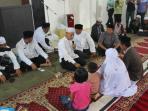 keluarga-paulis-sarumaha-yang-masuk-islam-di-mushalla-as-salam_20160227_085751.jpg