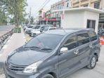 kendaraan-keluar-dari-area-electronic-parking-yang-pertama-dibangun-di-jalan-t-nyak_20180109_110942.jpg