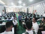 kepala-kantor-regional-xiii-bkn-banda-aceh-makmur-ibrahim_20181027_152216.jpg