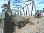 kerusakan-abutmen-jembatan-ulee-raket_20171231_072726.jpg