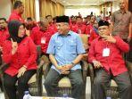 ketua-dpp-pdip-sri-rahayu-berbincang-dengan-wakil-gubernur_20170820_102814.jpg