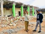 ketua-dpra-kunjungi-korban-gempa-lombok_20180929_170000.jpg