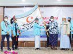 ketua-umum-dpp-pda-tgk-h-muhibbussabri-a-wahab-menerima-bendera.jpg