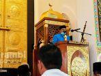 khutbah-di-masjid-haji-keuchik-leumiek-prof-syahrizal-allah-berdialog-terkait-kebiasaan-manusia.jpg