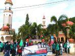 koalisi-mahasiswa-dan-komunitas-aceh-selatan-menggelar-aksi-damai.jpg