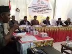 komisi-independen-pemilihan-kip-bireuen-menggelar-rapat-pleno.jpg