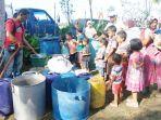 korban-banjir-yang-masih-mengungsi-di-desa-mampree-kecamatan-syamtalilra-aron_20171214_090923.jpg