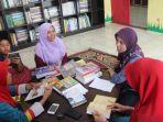 kunjungan-utusan-asosiasi-disleksia-indonesia-cabang-aceh-ke-ruman-aceh_20170425_150140.jpg