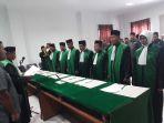 lantik-7-hakim-mahkamah-syariah-di-pidie_20180307_112320.jpg