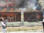 lima-rumah-di-titimas-terbakar.jpg