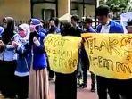 mahasiswa-aceh-demo-sidang-gugatan-pt-emm-di-ptun-jakarta.jpg