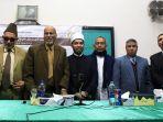 mahasiswa-aceh-raih-cumlaude-di-universitas-al-azhar_20180107_225658.jpg