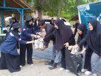mahasiswa-baru-umuslim-2021-bersihkan-sampah.jpg