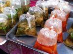 makanan-dalam-kantong-plastik.jpg