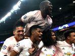 man-united-singkirkan-psg-dari-liga-champions.jpg