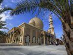 masjid-haji-keuchik-leumiek-di-gampong-lamseupeung.jpg