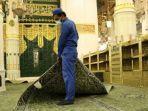 masjid-nabawi-di-madinah-disterilisasi.jpg