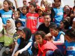 mesut-oezil-kunjungi-pengungsi-suriah_20160519_233854.jpg