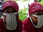 momen-kocak-nenek-keliru-pakai-masker-tindakan-polisi-dipuji-netizen.jpg