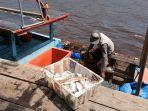 nelayan-ikan-di-aceh-singkil-2020.jpg
