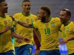 neymar-dari-brasil-merayakan-dengan-rekan-setimnya-di-copa-america-2021.jpg