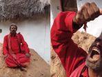 nukala-seorang-pria-india-yang-makan-tanah.jpg
