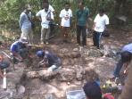 para-arkeolog-melakukan-pengalian_20150920_075453.jpg