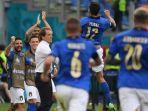para-pemain-italia-merayakan-gol-dalam-pertandingan-grup-a-euro-2020-italia-vs-wales.jpg