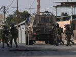 pasukan-israel-mengintervensi-warga-palestina.jpg