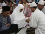 pasutri-masuk-islam_20180302_100655.jpg