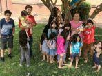 patty-hernandez-38-dan-carlos-hernandez-37-berfoto-bersama-anak-anaknya.jpg