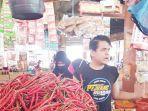 pedagang-cabai-merah-di-pasar-induk-lambaro-aceh-besar.jpg