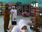pelajar-divaksin-di-pidie-jaya_20092021.jpg