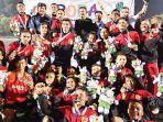 pemain-lhokseumawe-foto-bersama-setelah-pengalungan-medali-emas-pora.jpg