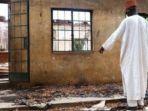 pemberontakan-boko-haram-telah-menghancurkan-lebih-dari-1000-bangunan-sekolah_20171203_122642.jpg