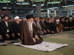 pemimpin-tertinggi-iran-ayatollah-ali-khamenei-memimpin-shalat-jumat-di-teheran.jpg
