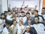 pengurus-dan-anggota-kaukus-wartawan-peduli-syariat-islam-kwpsi_20181028_090023.jpg