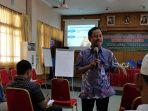 penyuluhan-bahasa-indonesia-untuk-media-massa_20171004_101816.jpg