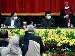 perdana-menteri-malaysia-ismail-sabri-yaakob-dan-anwar-ibrahim.jpg