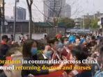 perpisahan-relawan-dengan-warga-wuhan-di-jalan.jpg